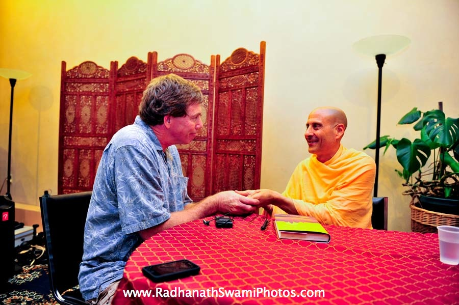 Radhanath Swami during Bodhi Tree Book Signing Event