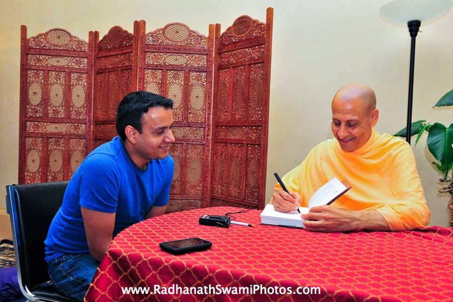 Journey Home Book Signing by HH Radhanath Swami