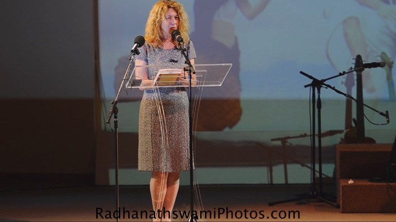 Pam Binder intoduces Radhanath Swami