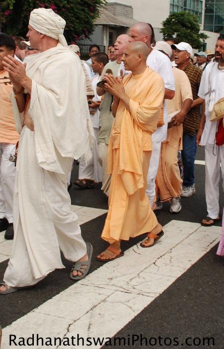 Radhanath Swami at Los Angeles Rath Yatra