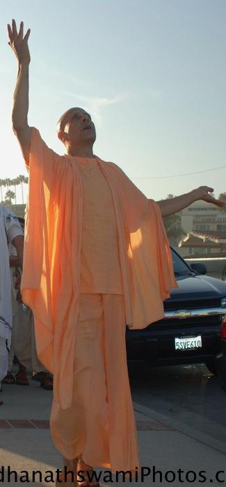 Radhanath Swami dancing for a Kirtan