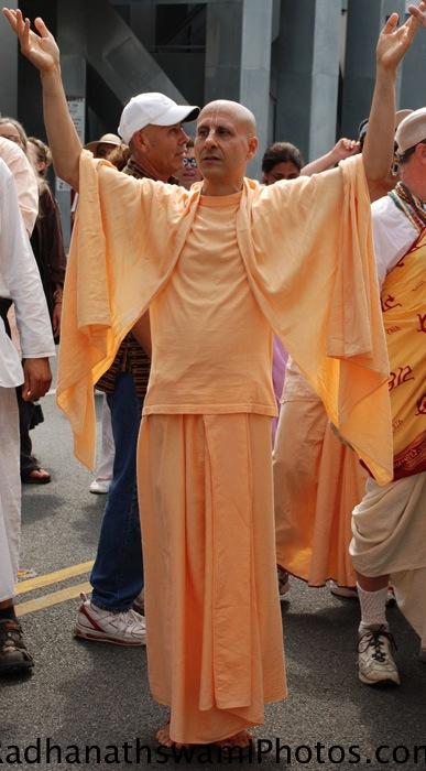 Radhanath Swami during Rath Yatra at Los Angeles