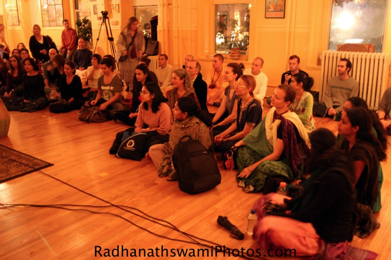 Radhanatha Swami at Brooms Street Temple, NYC