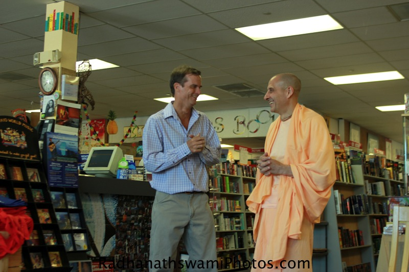 Radhanath Swami Maharaj speaking to Guest