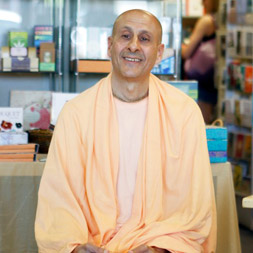 Radhanath Swami visits Sundance Book Store