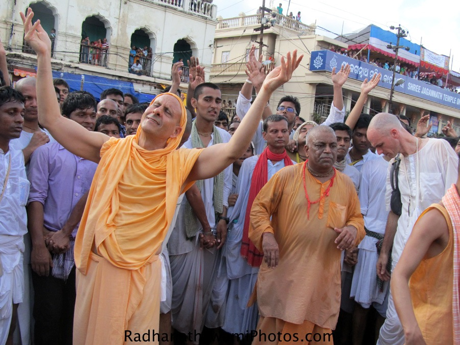 Radhanath Swami dancing for a kirtan