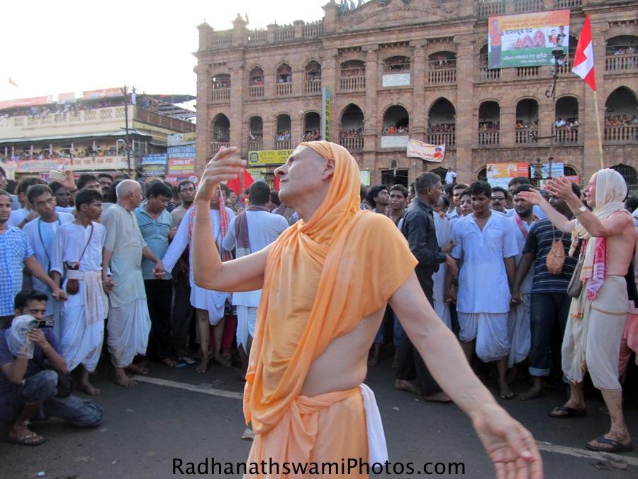 Radhanath Swami during rath yatra at Puri