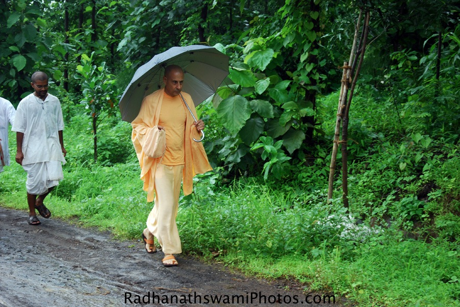 Radhanath Swami at Govardhan Ecovillage
