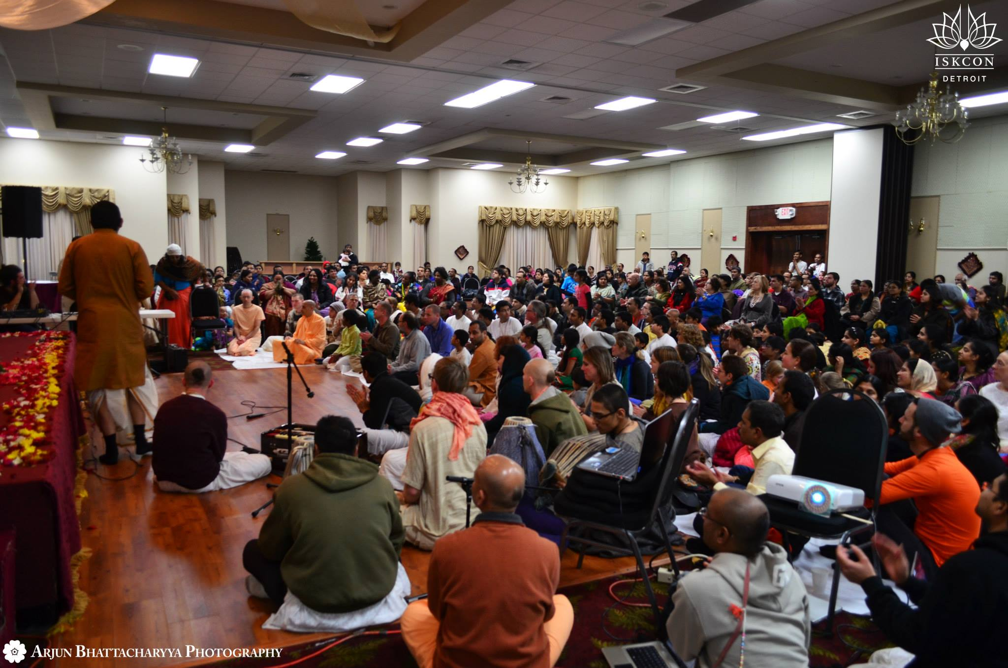 Devotee's at Radhanath Swami Lecture