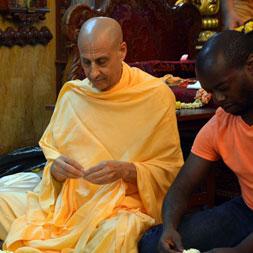 Radhanath Swami at ISKCON Chowpatty
