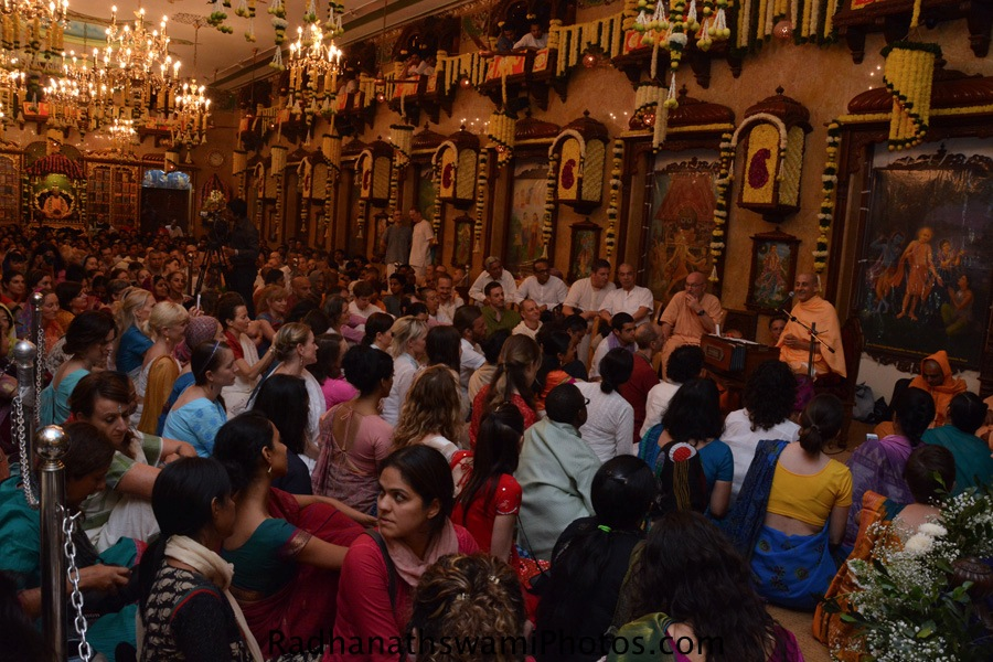 Talk by Radhanath Swami at ISKCON Chowpatty-