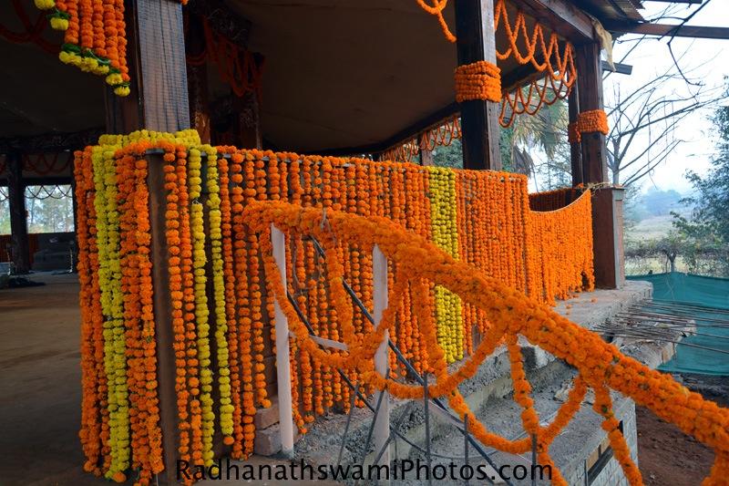 Decoration around the temple