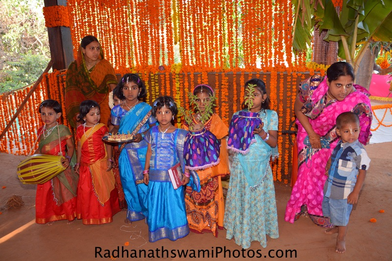Devotee kids are waiting for Darshan
