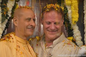 Radhanath Swami and friend Gary during flower festival