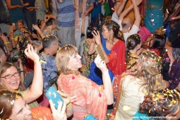 Devotees enjoying the pushya Abhishek festival