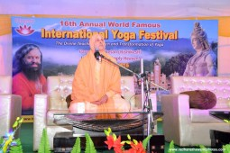 Radhanath Swami at International Yoga festival0
