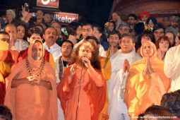 Radhanath Swami praying to Mother Ganga