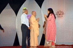 Radhanath Swami talking to Juhi Chawla