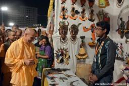 Radhanath Swami visiting stalls at Pandal5