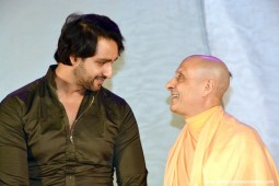 Radhanath Swami with Saurabh Jain1