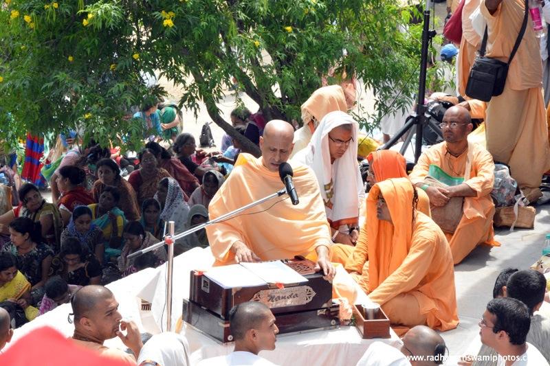 Talk by Radhanath Swami