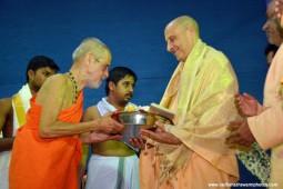 Radhanath Swami with vishveshwar tirtha swami