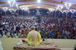 Talk by Radhanath Swami during Udupi yatra